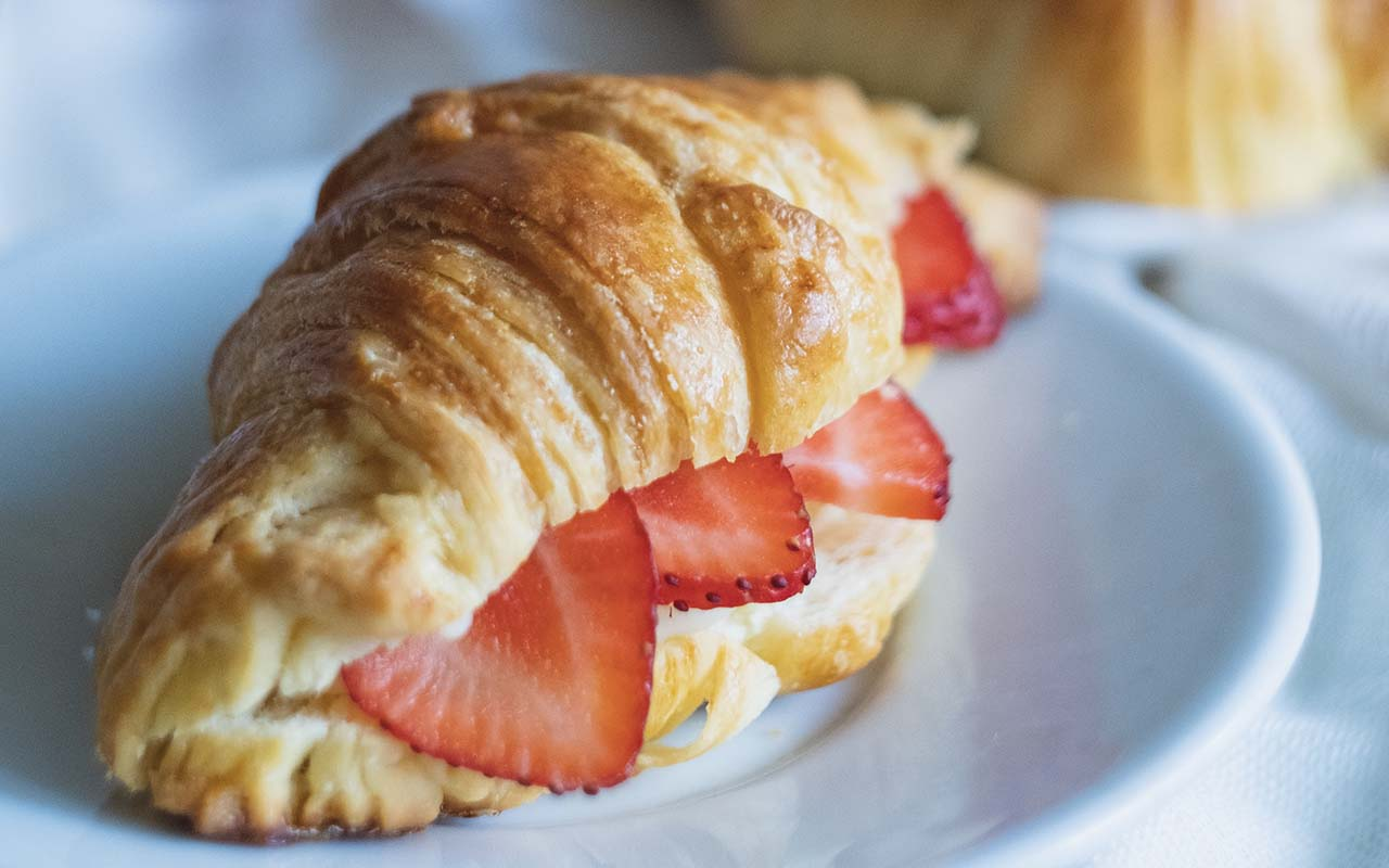 croissants, foods, facts, life, lifestyle, people, weird